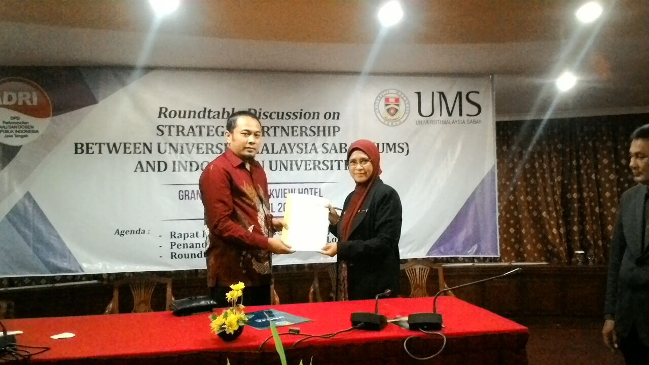 UNUJA and Universiti Malaysia Sabah (UMS) Sign Student Exchange Program