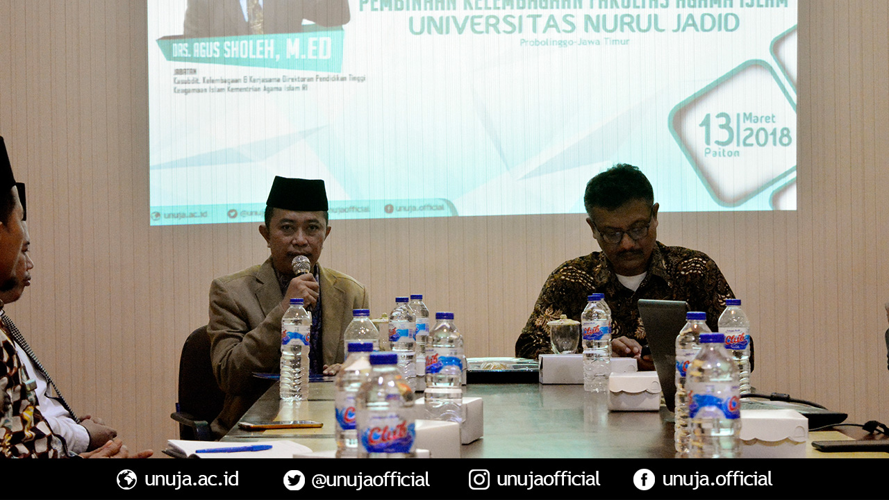 Rektor memberikan sambutan dan membuka acara Pembinaan Kelembagaan FAI UNUJA