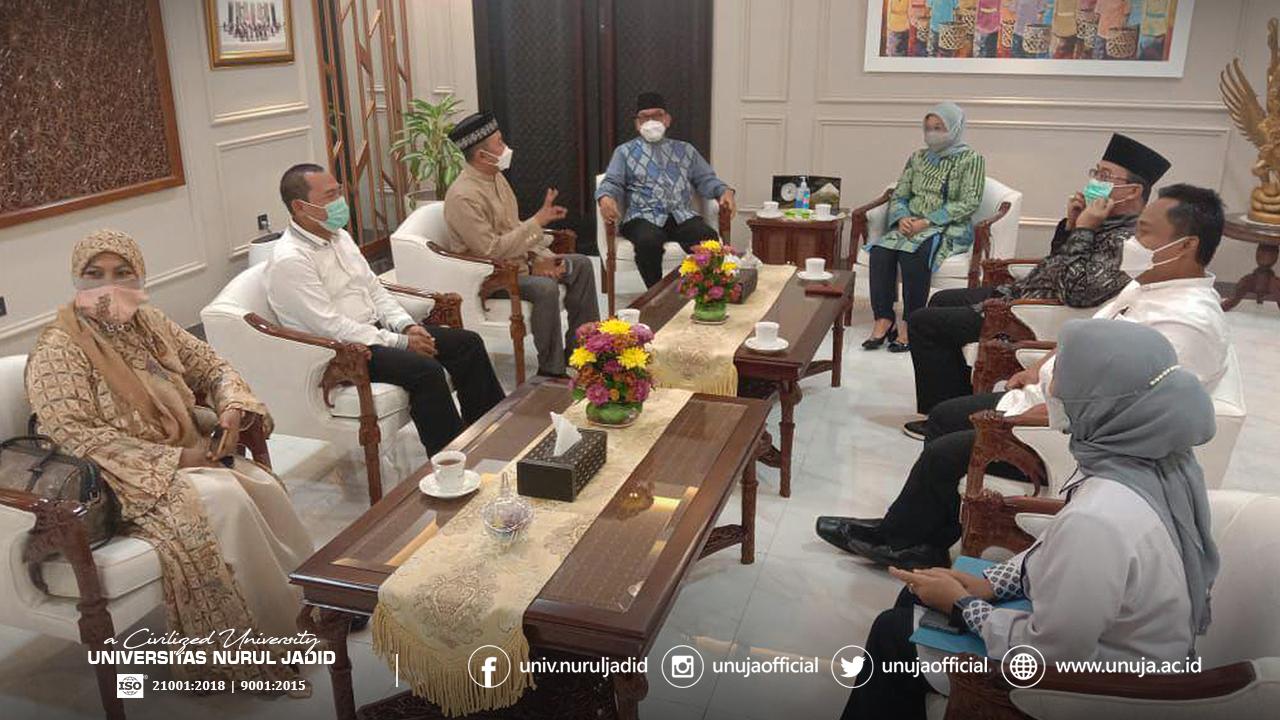 Bertemu Menakertrans, Rektor Turut Dorong Pemberdayaan Ekonomi Pesantren