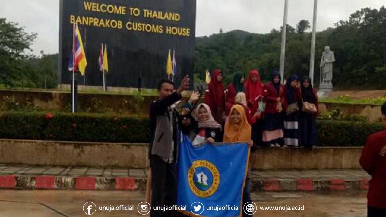 Mahasiswa Universitas Nurul Jadid KKN di Negeri Gajah Putih